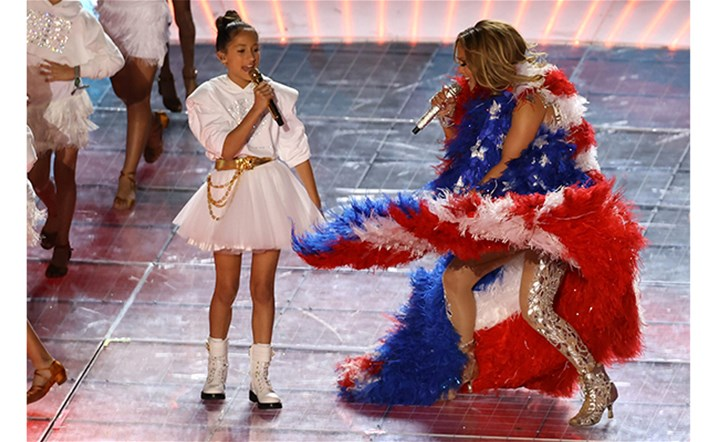 Yes, that was Jennifer Lopez's daughter singing at the Super Bowl halftime show