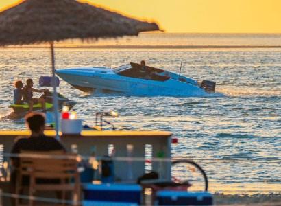 ثلاثة أيام من الشمس والبحر في مدينة الملك عبدالله الاقتصادية~NoOnline~